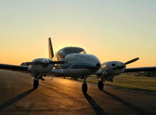 Piper PA-23